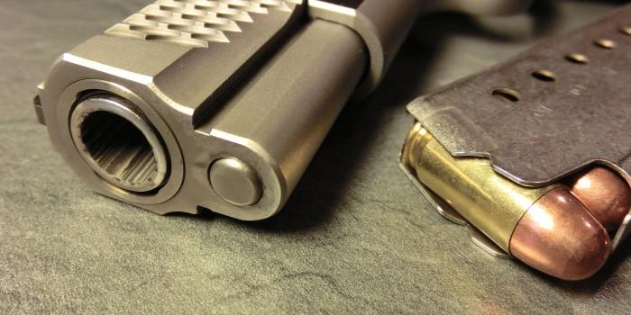 Guardie giurate: hanno troppe armi? Quanto muoiono?