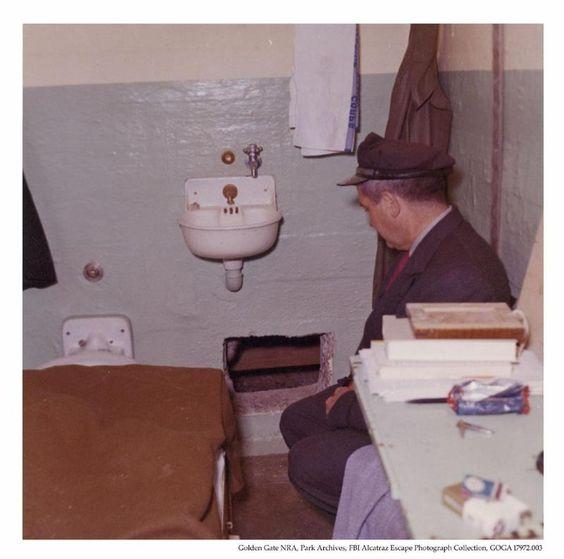 Archivi di CN: l'evasione da Alcatraz. Ce la fecero davvero o sono morti?