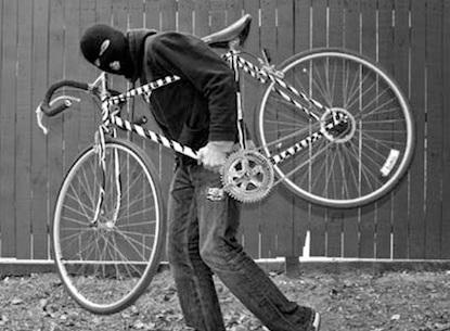 Bici rubate: ecco come sopravvivere ai ladri di biciclette