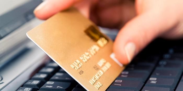 Shopping online: attenti agli acquisti sui siti truffa! 10 regole per non cascarci
