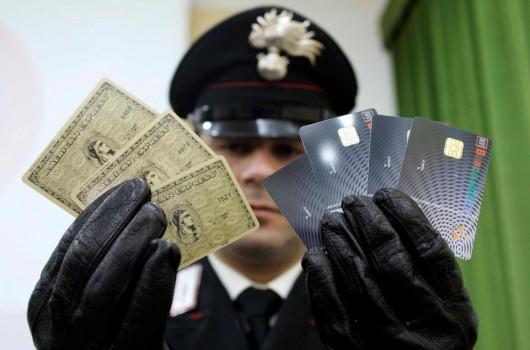 Occhio alle carte di credito o finirete tra i 100.000 truffati del web