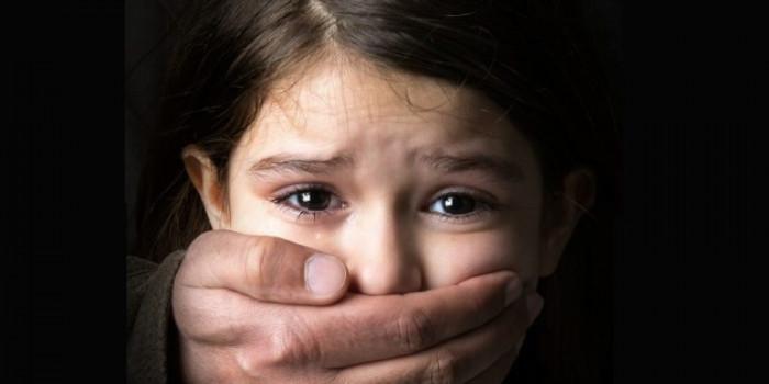 Come si combatte la pedofilia? Lo abbiamo chiesto a 5 esperti